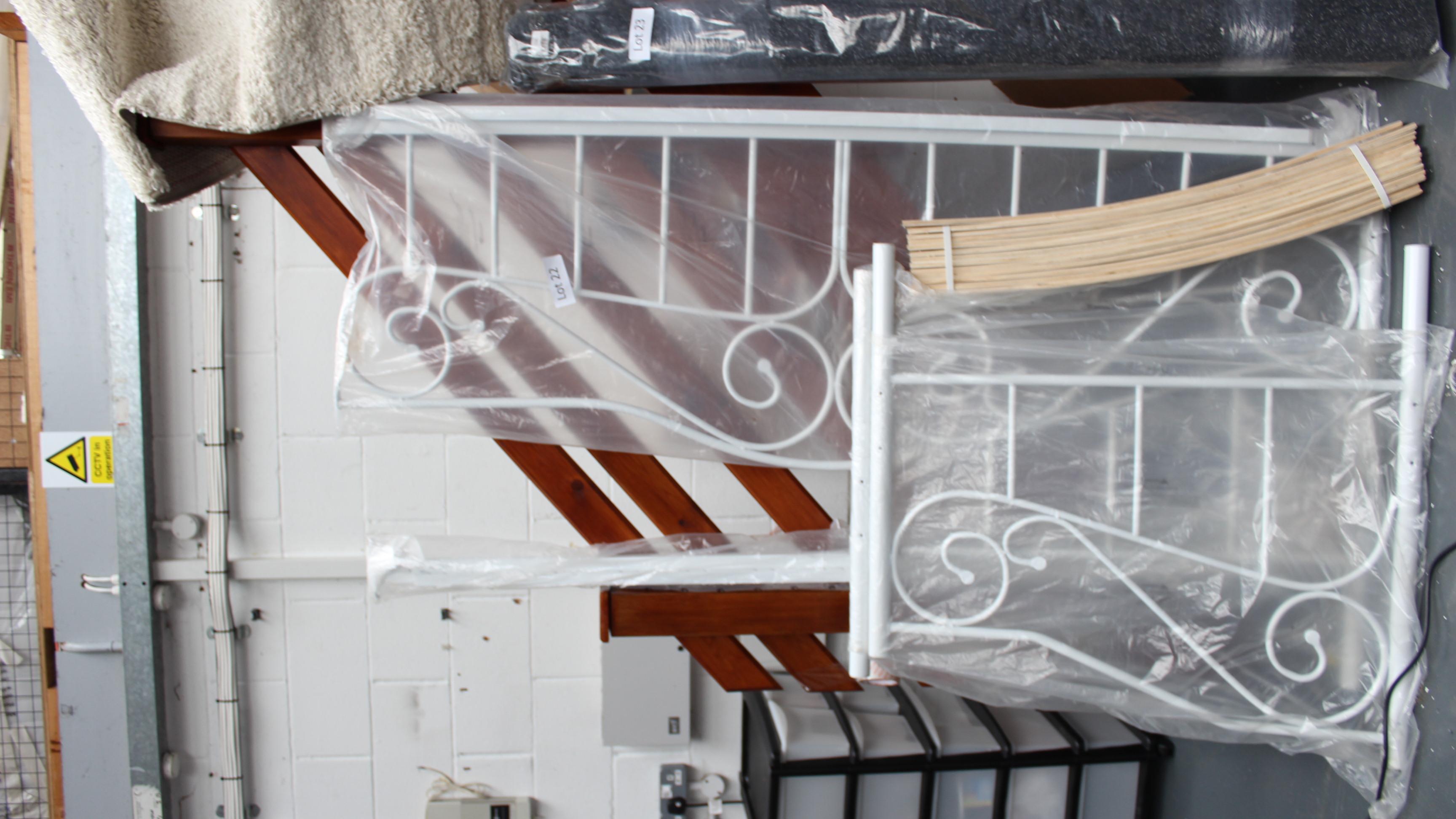 Lot 22 - White Day Bed Frame. Customer Returns