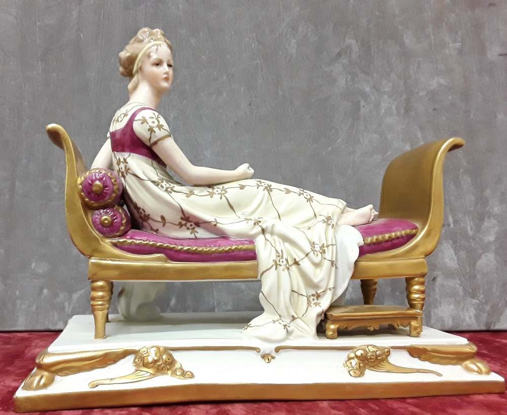 Lot 9 - An early 20th Century Sitzendorf German hard paste porcelain figurine.