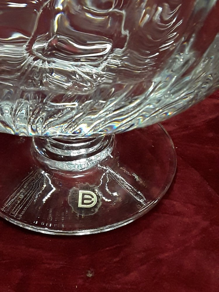 Lot 42 - A Dartington 24% lead crystal glass bowl and a crystal decanter.