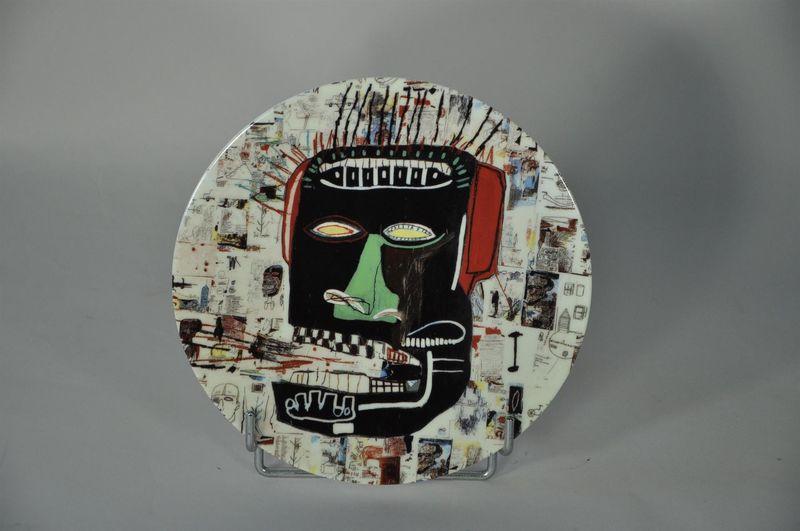 Lot 44 - Jean-Michel BASQUIAT (1960-1988) - D'après - Glenn - Assiette en porcelaine - D. [...]