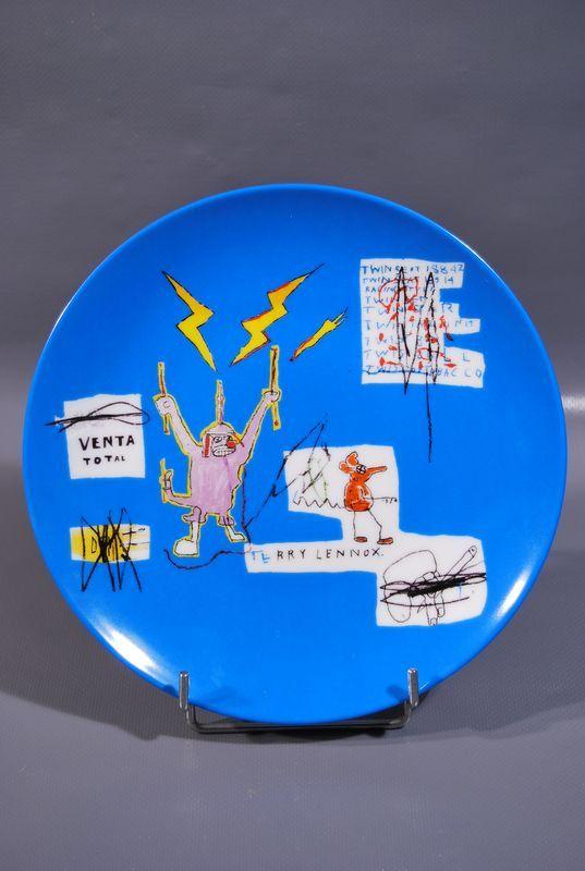 Lot 43 - Jean-Michel BASQUIAT (1960-1988) - D'après - Venta - Assiette en porcelaine - D. 21 [...]