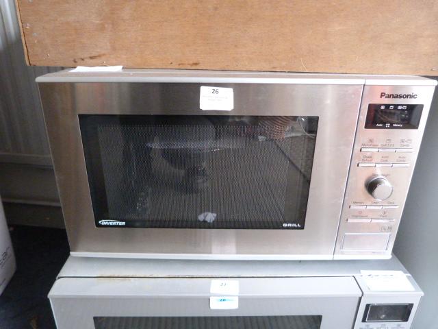 Lot 26 - *Panasonic Grill Microwave