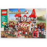 LEGO KINGDOMS: An original Lego Kingdoms set 10223 ' Joust '. Factory sealed, unused. As new.