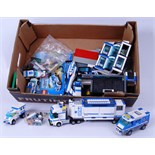 LEGO CITY: A collection of assorted Lego City Police sets to include Police Station,