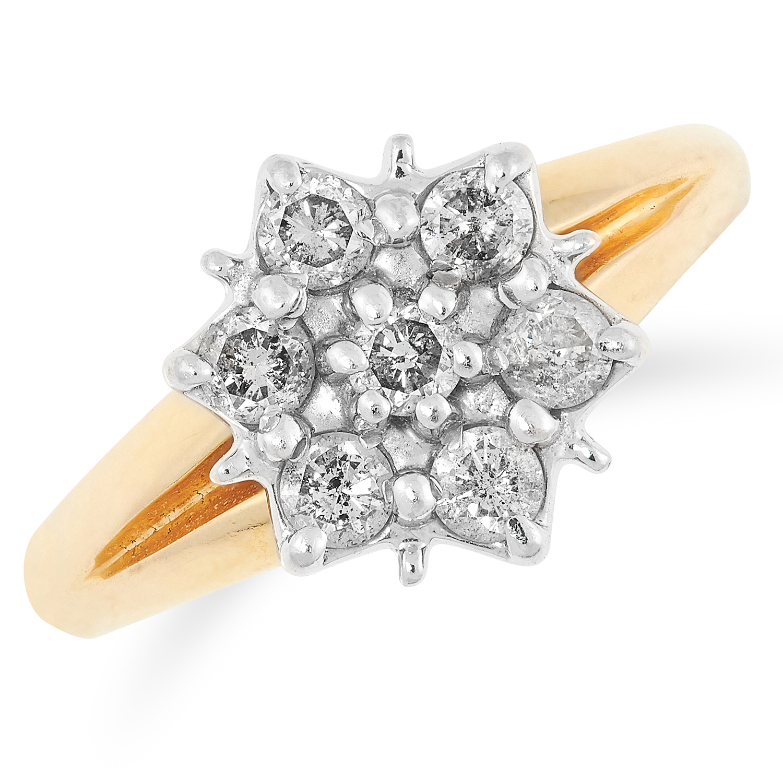DIAMOND CLUSTER RING set with round cut diamonds, size M / 6, 2.2g.