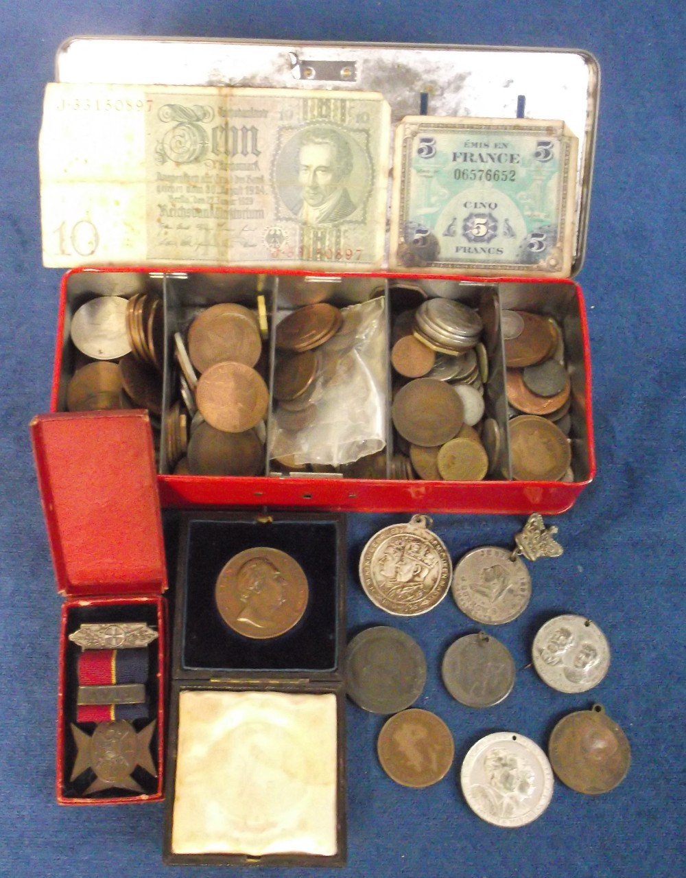 Lot 12 - Coins / Medals etc, selection of GB copper coins plus a few foreign, also a Royal Horticultural