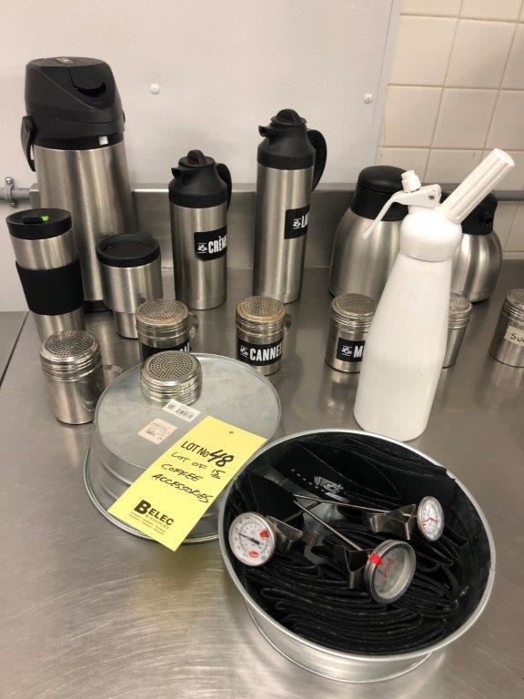 Lot 48 - Lot d'accessoires à café acier inox & disp crème fouettée