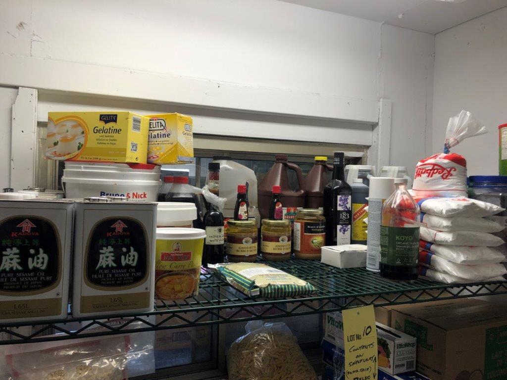 Lot d'aliments sur rack - Image 2 of 3