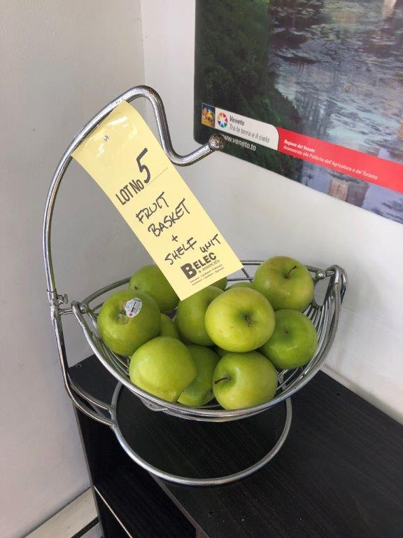 Panier à fruits basculant
