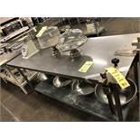"""Table de travail acier inox 72"""" x 30"""""""