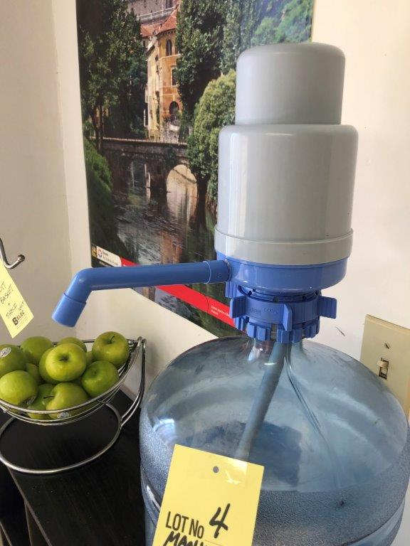 Pompe manuel pour gallon d'eau