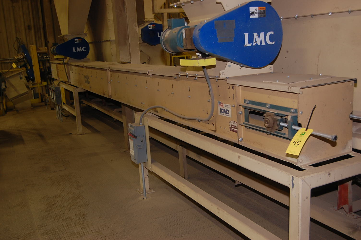 Lmc motorized belt conveyor 25 ft length 230 460 volt Motorized conveyor belt