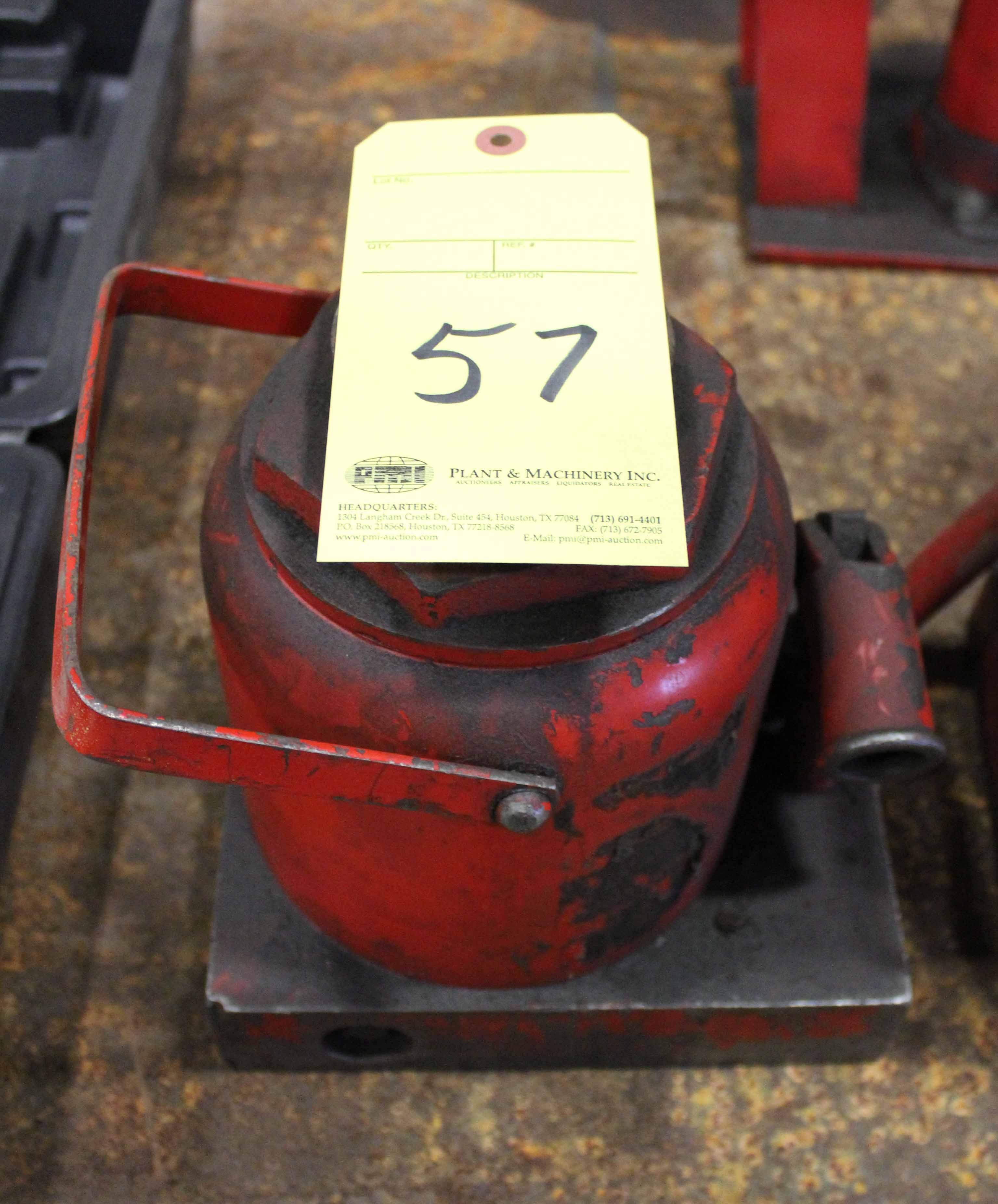 Lot 57 - HYDRAULIC BOTTLE JACK, 50 T. cap.