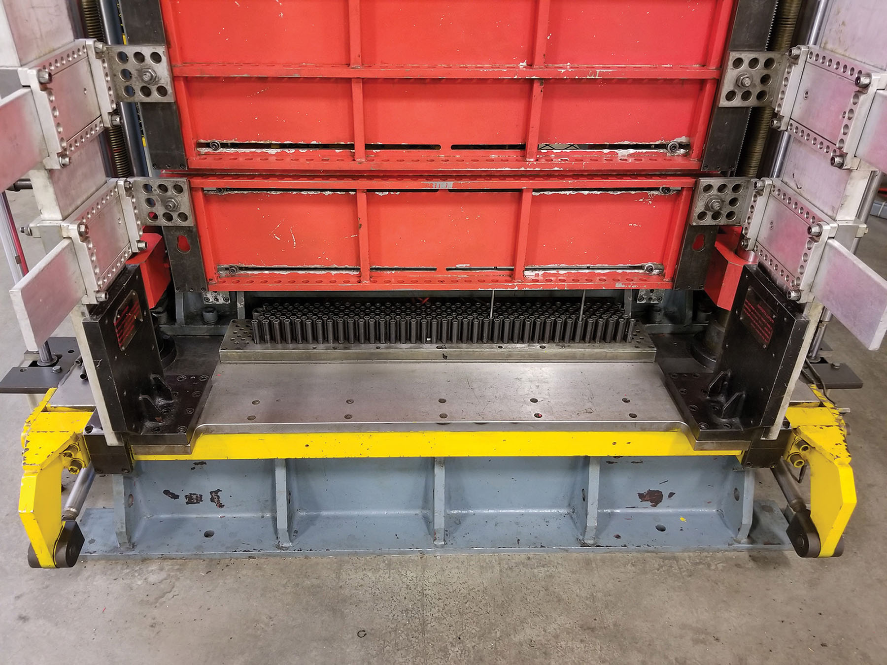 Lot 14 - 2008 JDRM HYDRAULIC VERTICAL EXPANDER, 41.6'` X 5.75 `` TUBE EXPANDER AREA, (6) ROWS X (40)