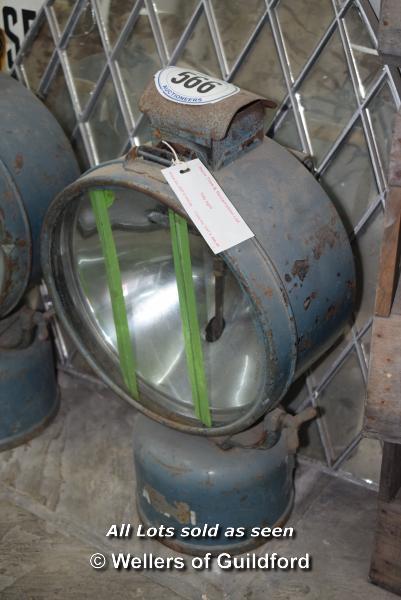Lot 566 - *HENDON TILLY LAMP