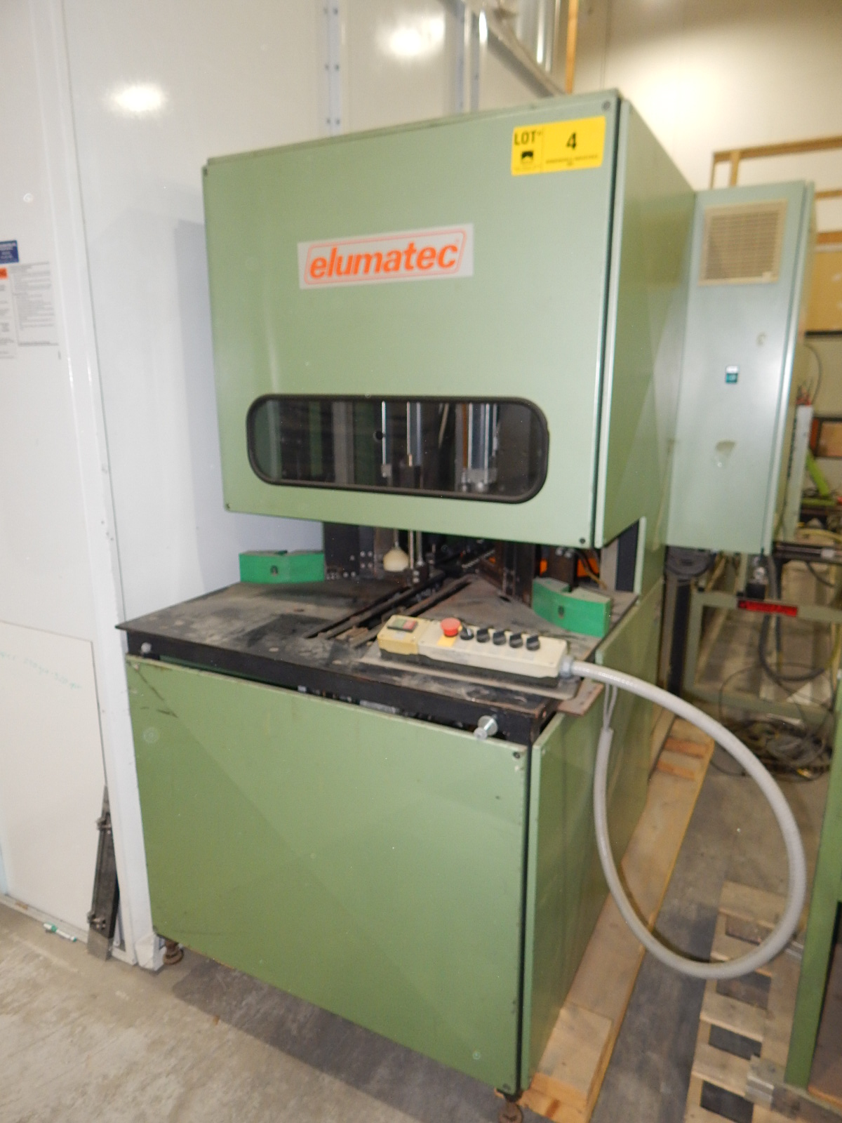 ELUMATEC 180/WP-3RU SINGLE HEAD CORNER CLEANER WITH 3,400 RPM, 230V/3PH/60HZ, S/N: 2009 (CI)
