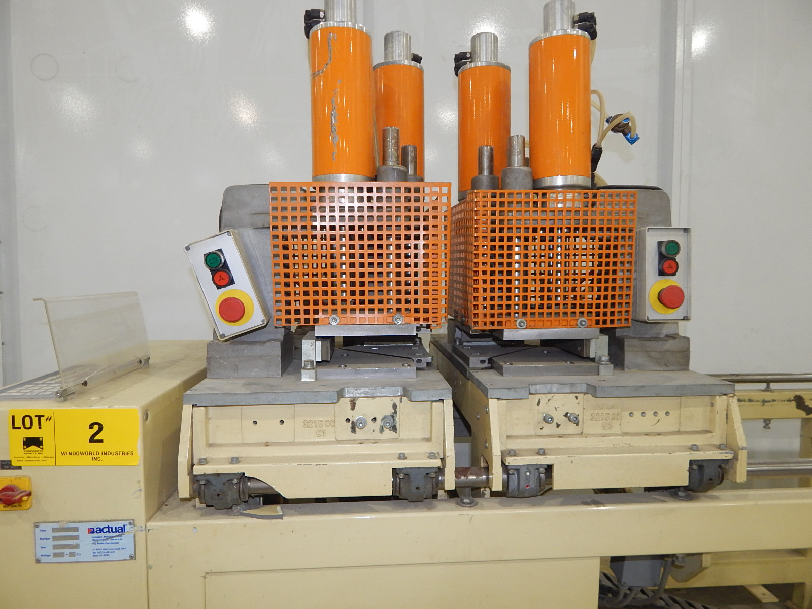 ACTUAL ANLANGEN A 312 S 90 TWIN HEAD 90 DEGREE CORNER WELDERS WITH ACTUAL AC 6700 DIGITAL - Image 3 of 5