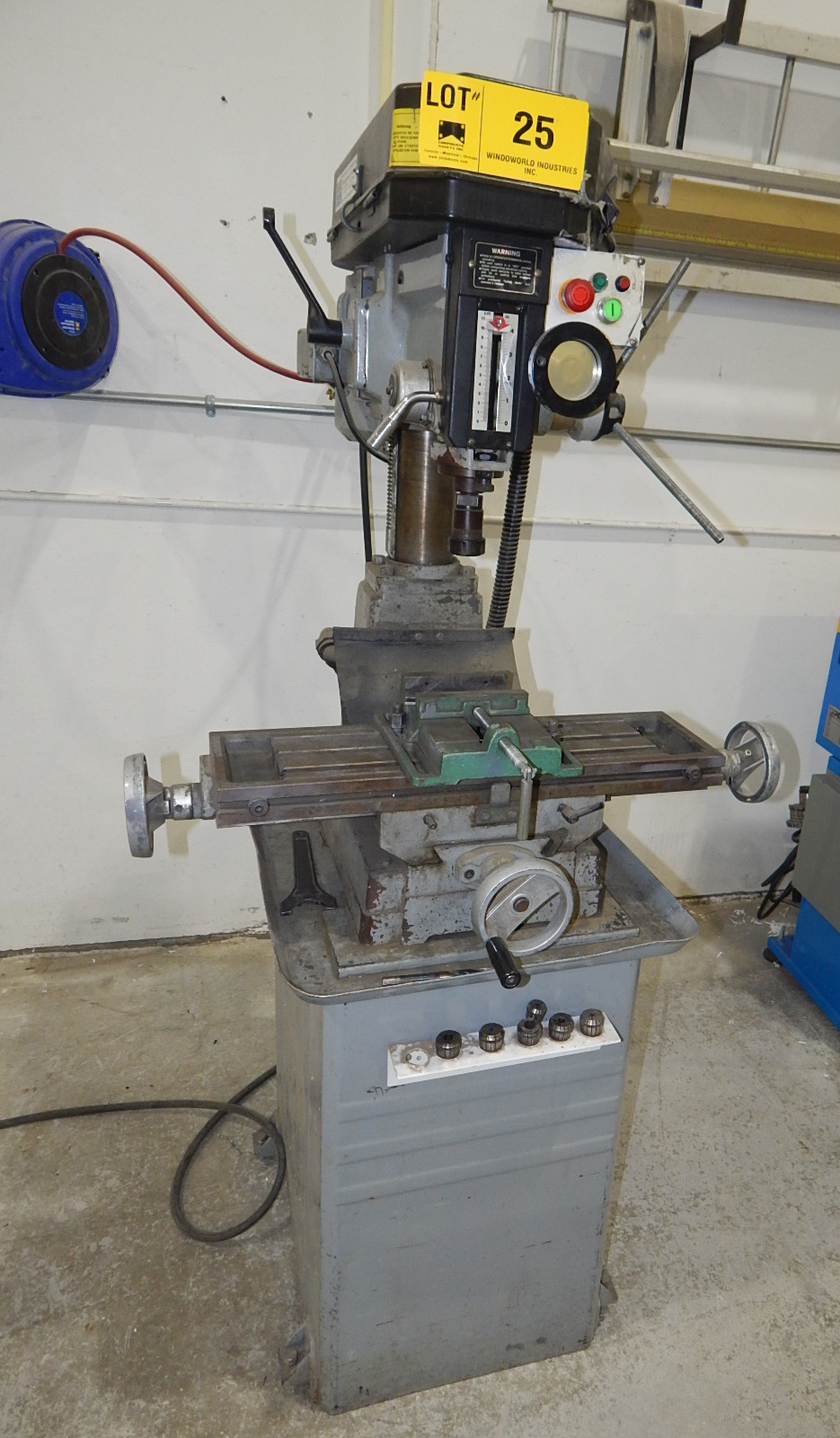 TECHPLUS BENCH TYPE MILLING MACHINE WITH SPEEDS UP TO 2150 RPM S/N: N/A (CI)