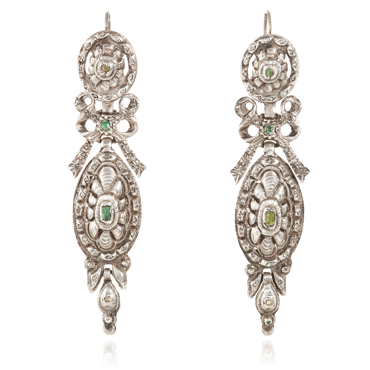 A PAIR OF SPANISH EMERALD AND DIAMOND EARRINGS, CATALAN 17TH/18TH CENTURY in silver, the articulated
