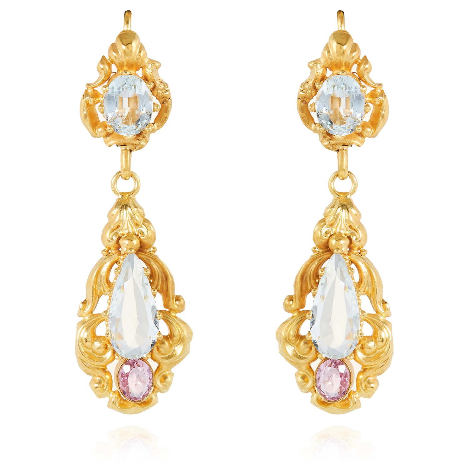 Los 7 - A PAIR OF ANTIQUE AQUAMARINE AND TOPAZ EARRINGS in high carat yellow gold, each set with an oval and