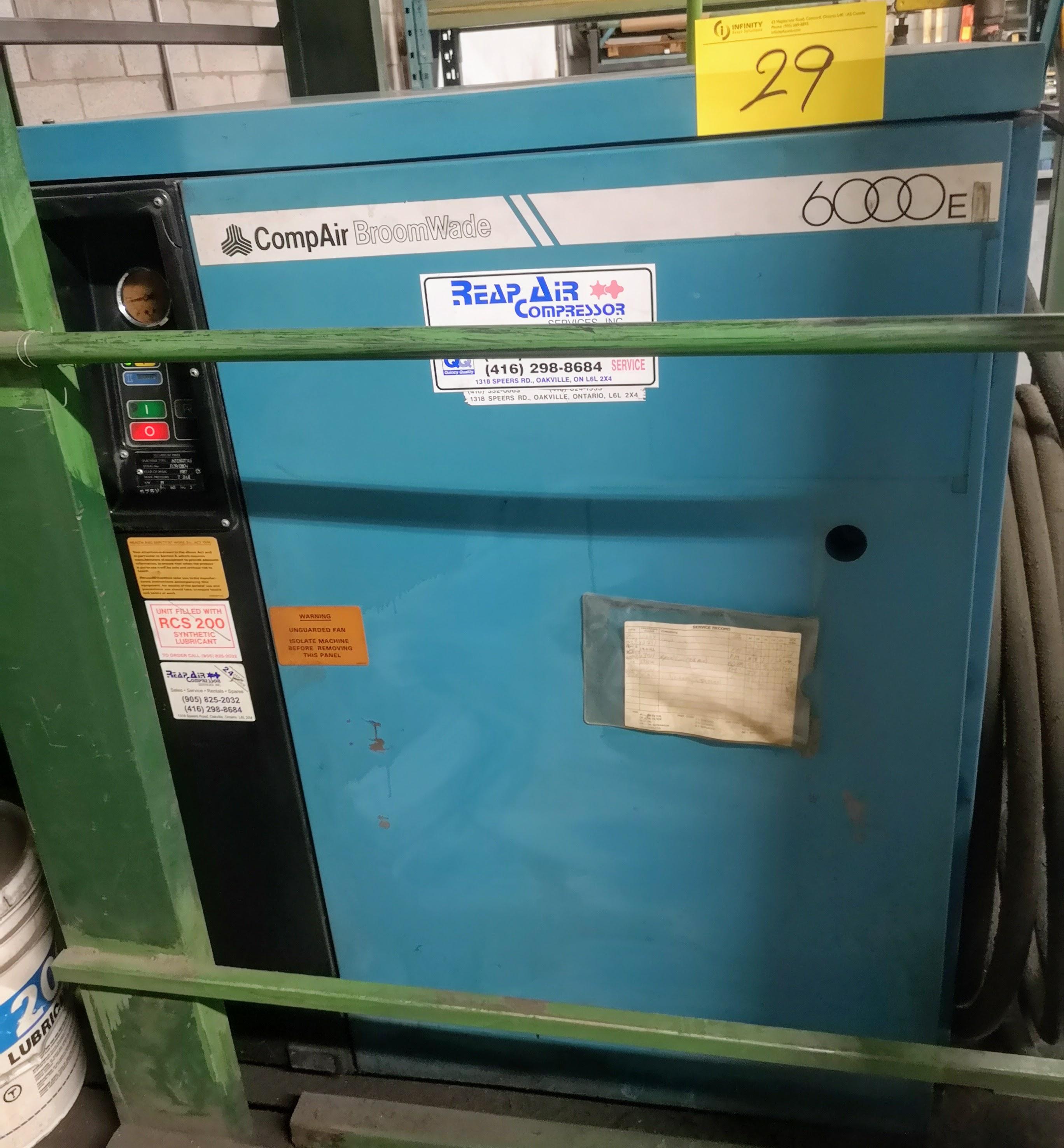 Lot 29 - COMPAIR 6000E SCREW AIR COMPRESSOR, 25HP, 19,029HRS