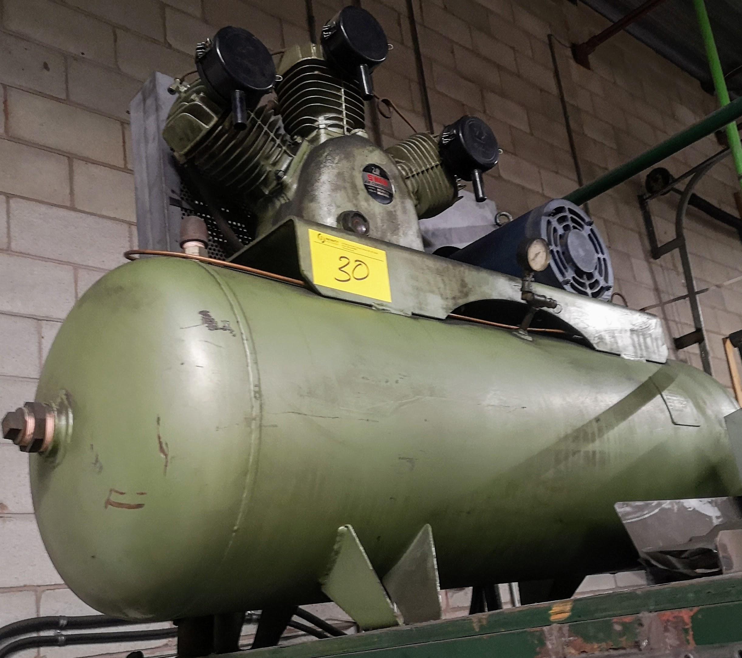 Lot 30 - SWAN 10HP AIR COMPRESSOR