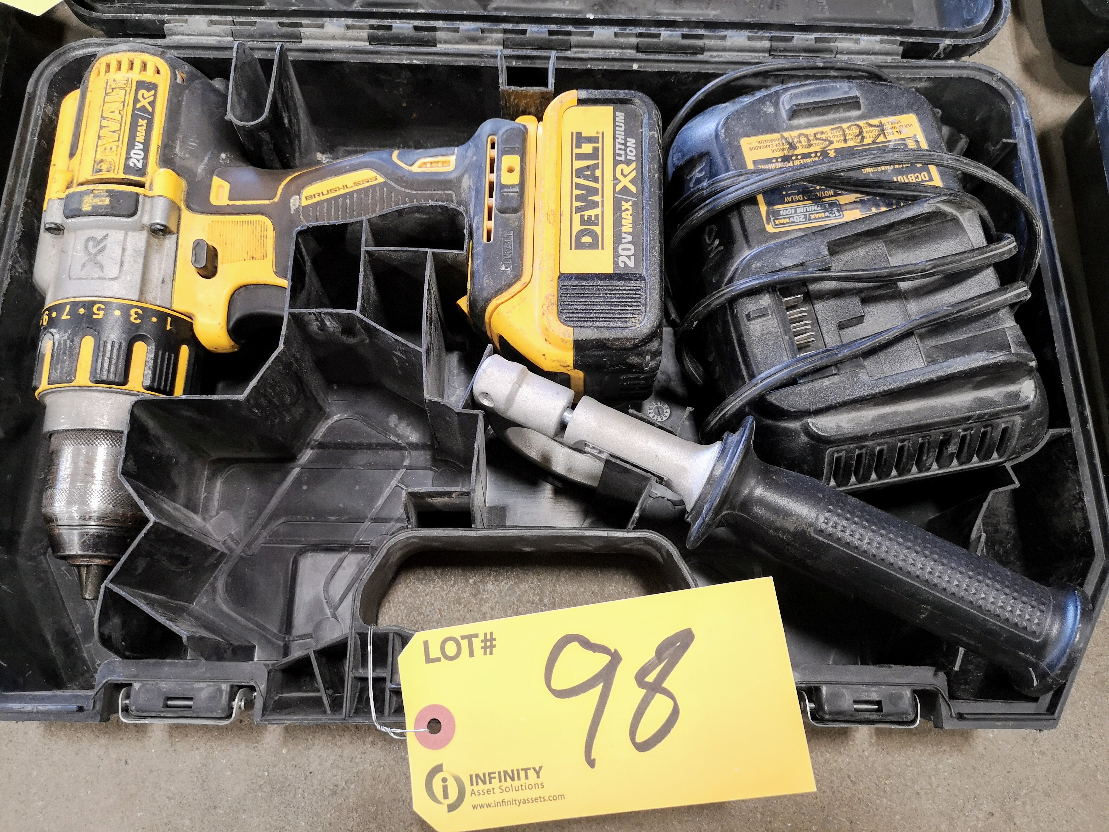 """DEWALT 20V MAX DCD995 1/2"""" CORDLESS HAMMER DRILL W/ (1) BATTERY AND CHARGER (LOCATED AT 1135 STELLAR"""