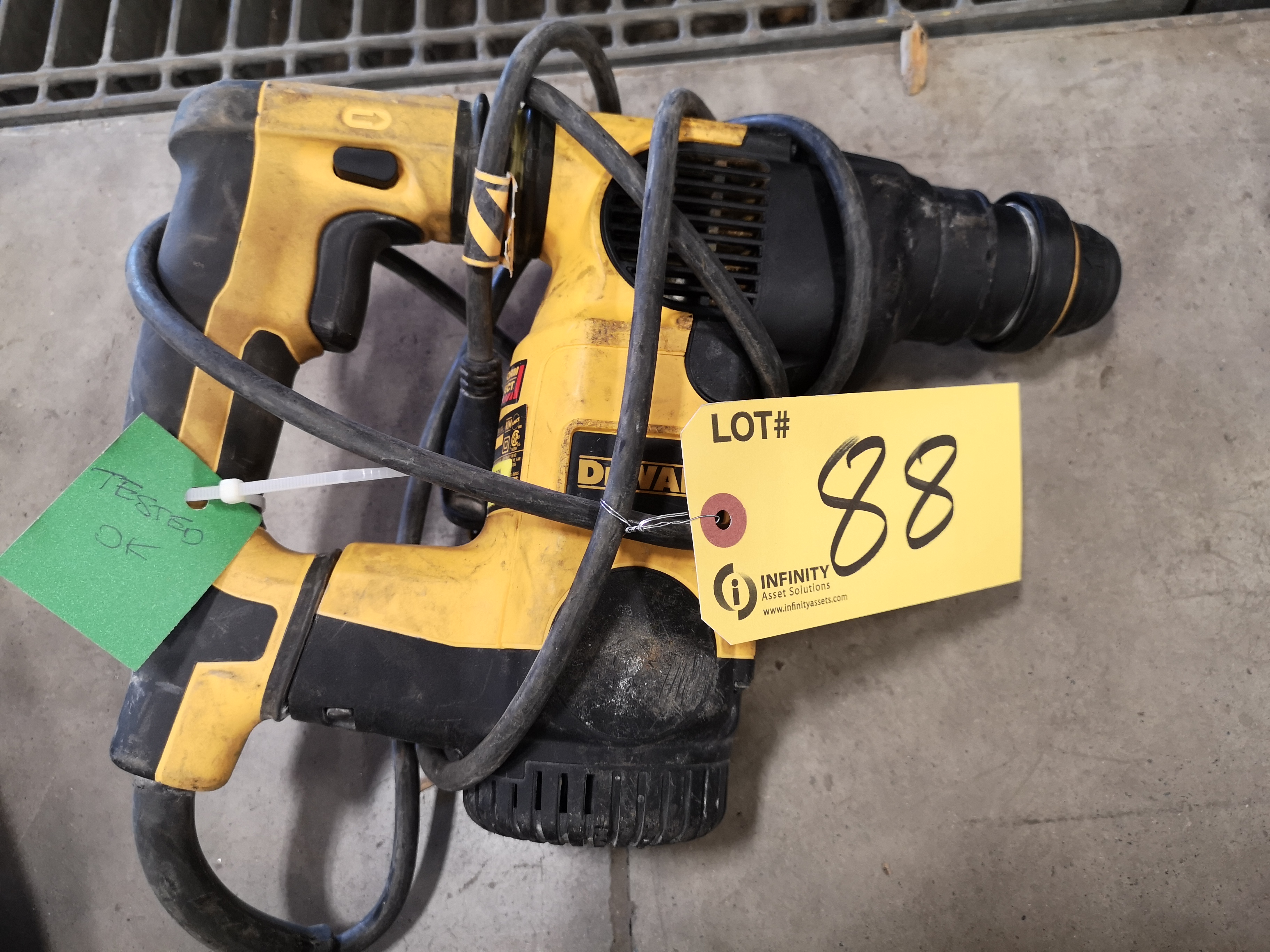 DEWALT D25323 L-SHAPE THREE MODE SDS ROTARY HAMMER DRILL (LOCATED AT 1135 STELLAR DRIVE,