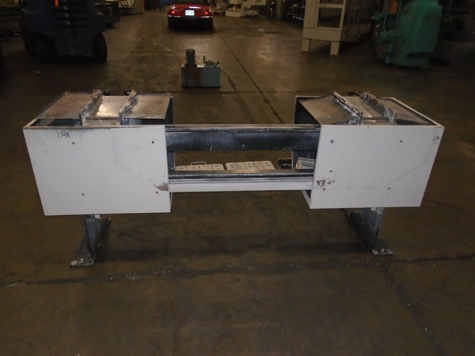 Midaco Series 20 Pallet Changer With 3 Pallets & Receiver