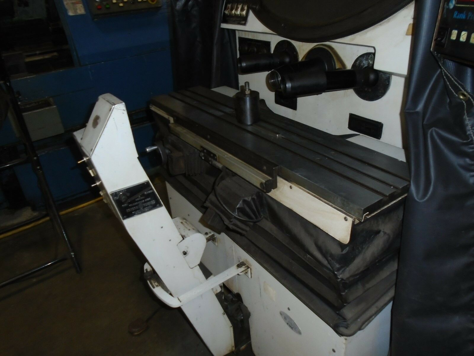 "Scherr Tumico Model 22-2500 Comparator, DRO, 30"" Screen - Image 6 of 8"