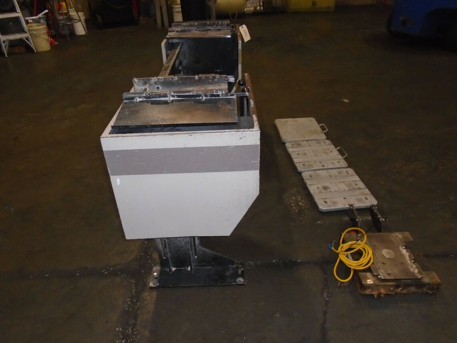 Midaco Series 20 Pallet Changer With 3 Pallets & Receiver - Image 3 of 9