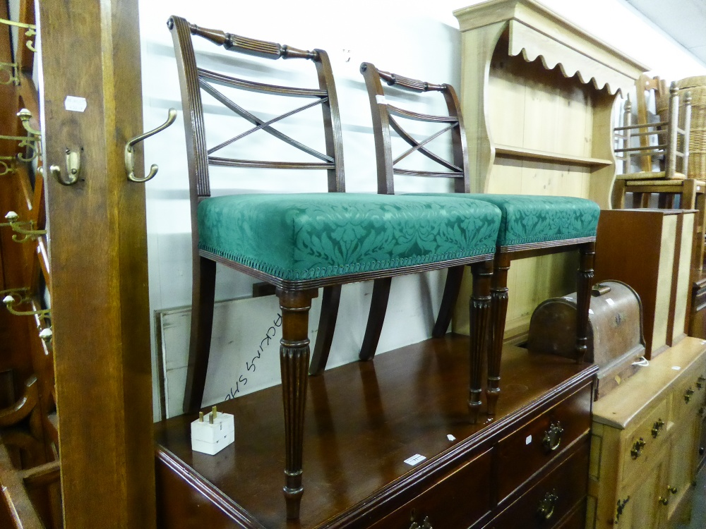 Lot 25 - A PAIR OF EARLY NINETEENTH CENTURY MAHOGANY SINGLE DINING CHAIR WITH 'X' RAIL BACK