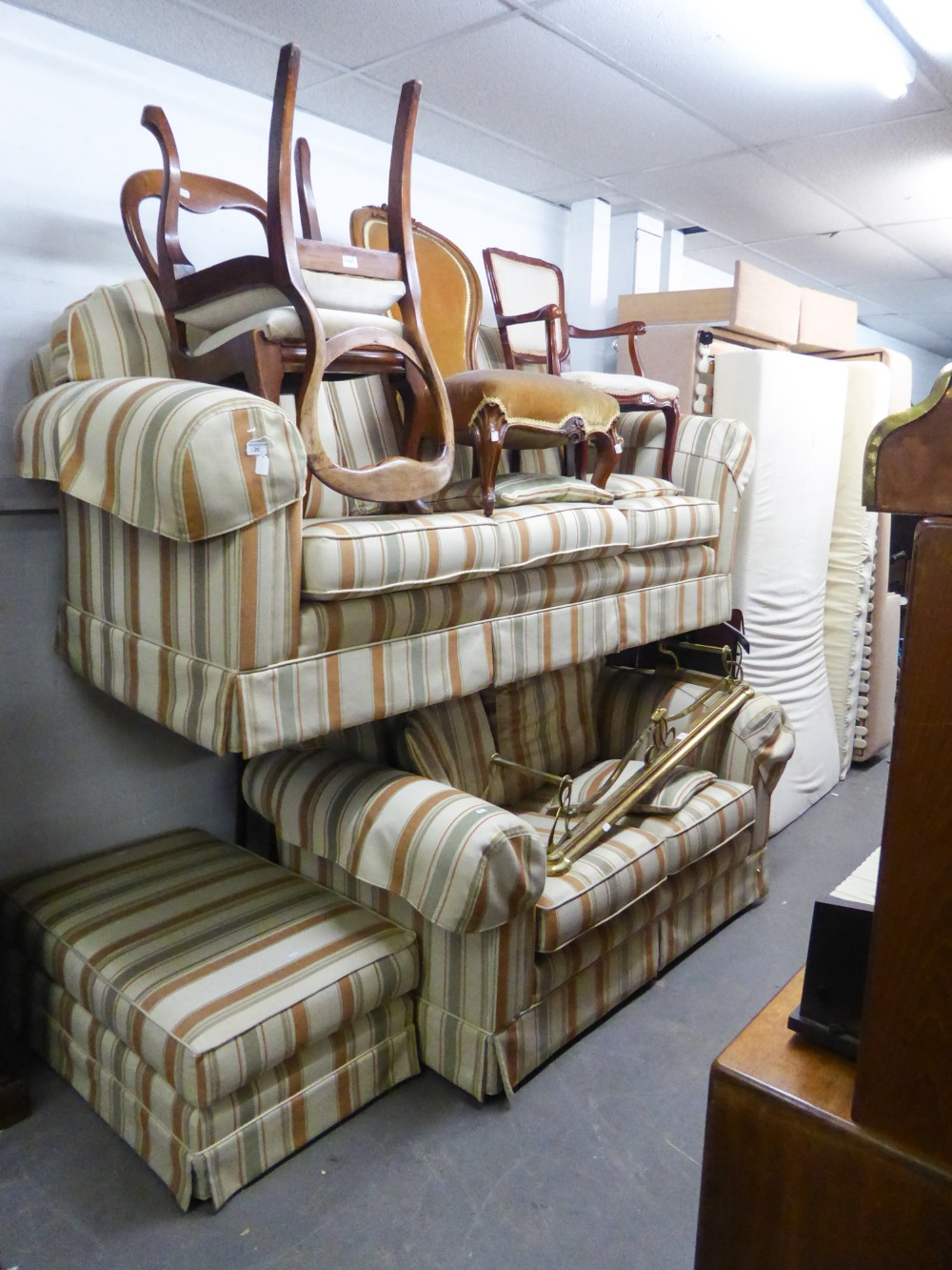 Lot 20 - PLUMBS LOUNGE SUITE OF THREE PIECES COVERED IN CREAM AND PASTEL COLOURED STIPED FABRIC, VIZ A
