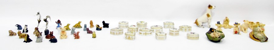 Lot 52 - Collection of Empress Josephine rose garden porcelain pots, a small collection of decorative