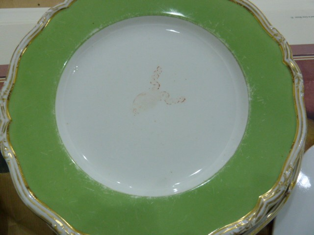 Lot 6 - Flight, Barr & Barr period Worcester oval dish with central white field decorated with bishop's