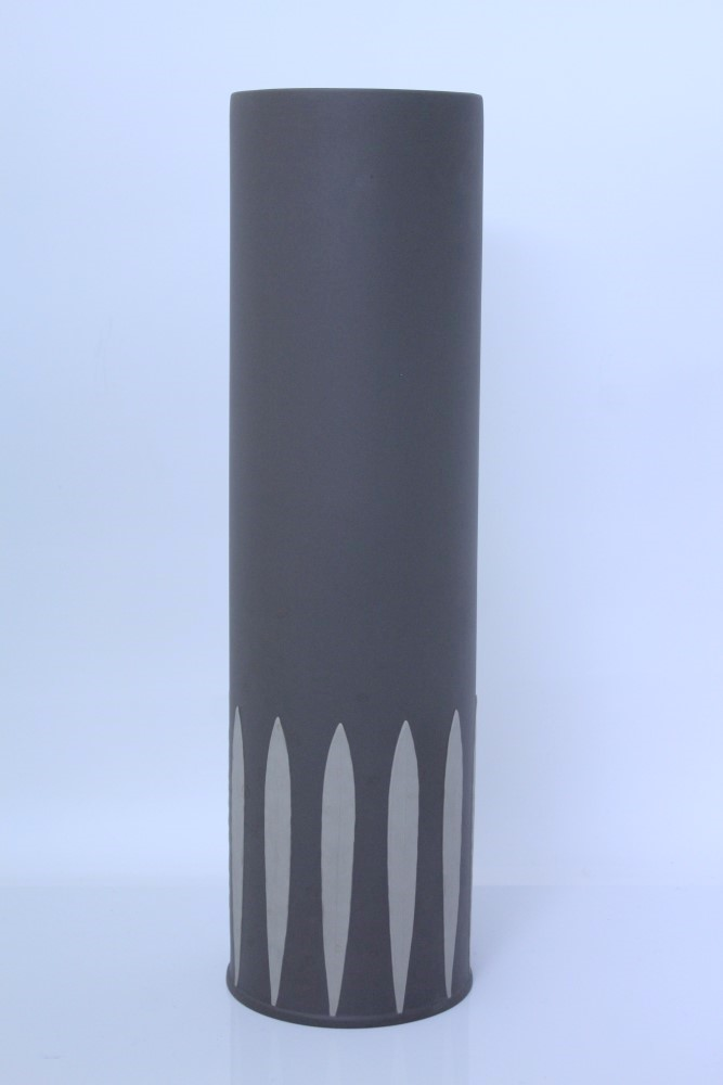 Large Wedgwood Limited Edition Cylinder Leaf Vase By Kelly Hoppen