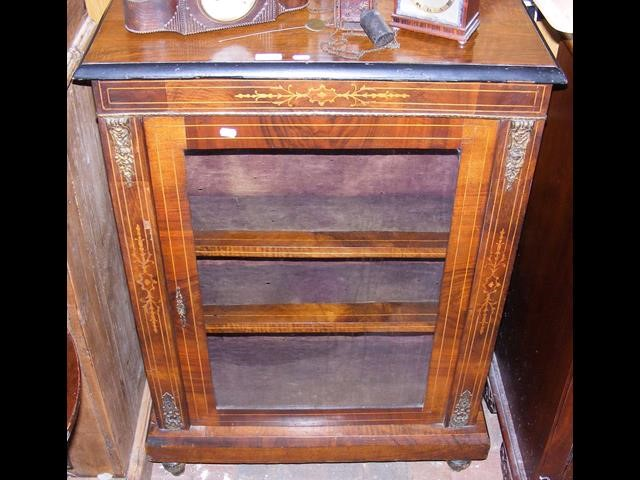 Lot 18 - Victorian pier cabinet
