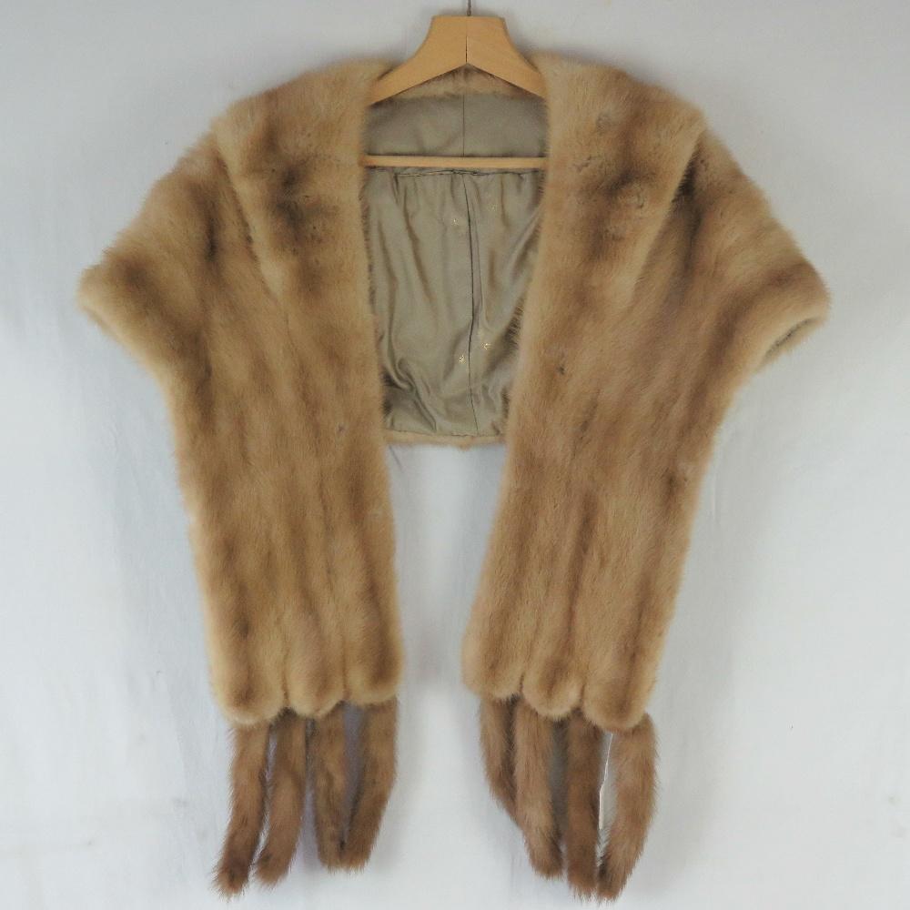 A fine quality vintage mink fur stole ha
