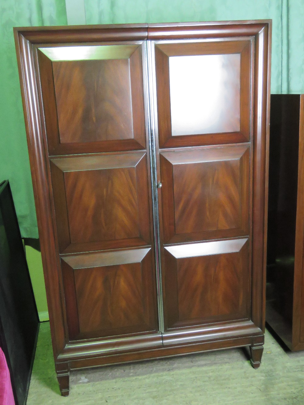 Lot 744 - A Ralph Lauren two door drawing room cab