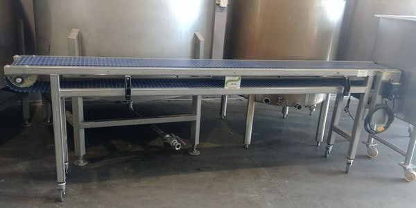 "Lot 43 - All Stainless Steel 120"" Variable Speed Conveyor with a 10"" Wide Belt on Casters"