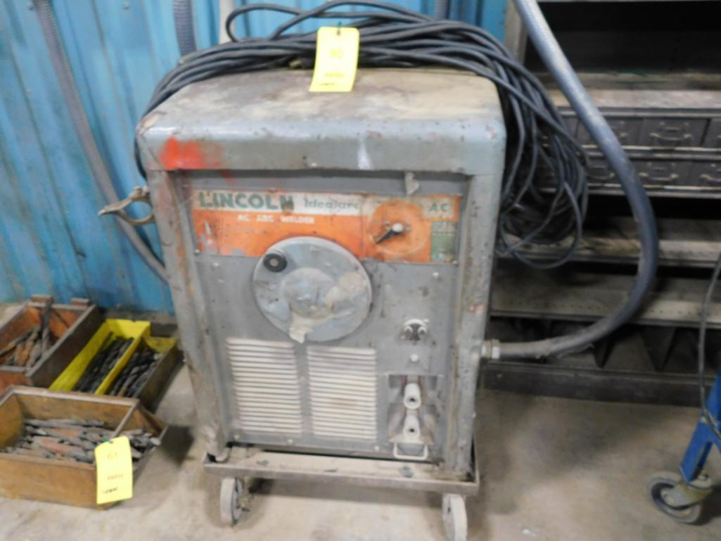 Lincoln 400 Amp Arc Welder Model Idealarc, with Lead
