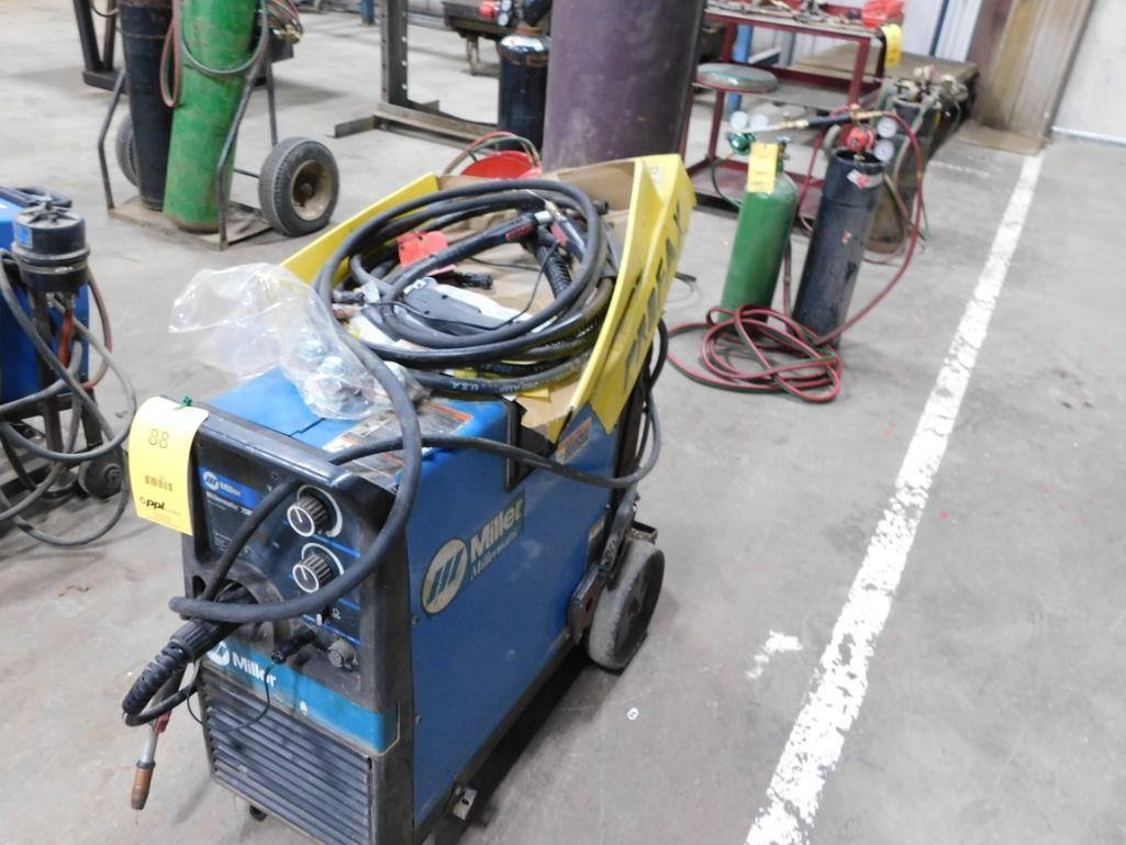 Miller 200 Amp MIG Welder Model Millermatic 250X, with Tank & Extra Wands