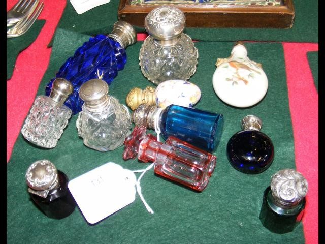 Lot 131 - A selection of collectable scent bottles