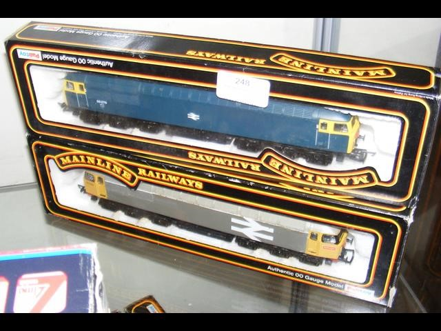 Lot 248 - A boxed Mainline locomotive and one other