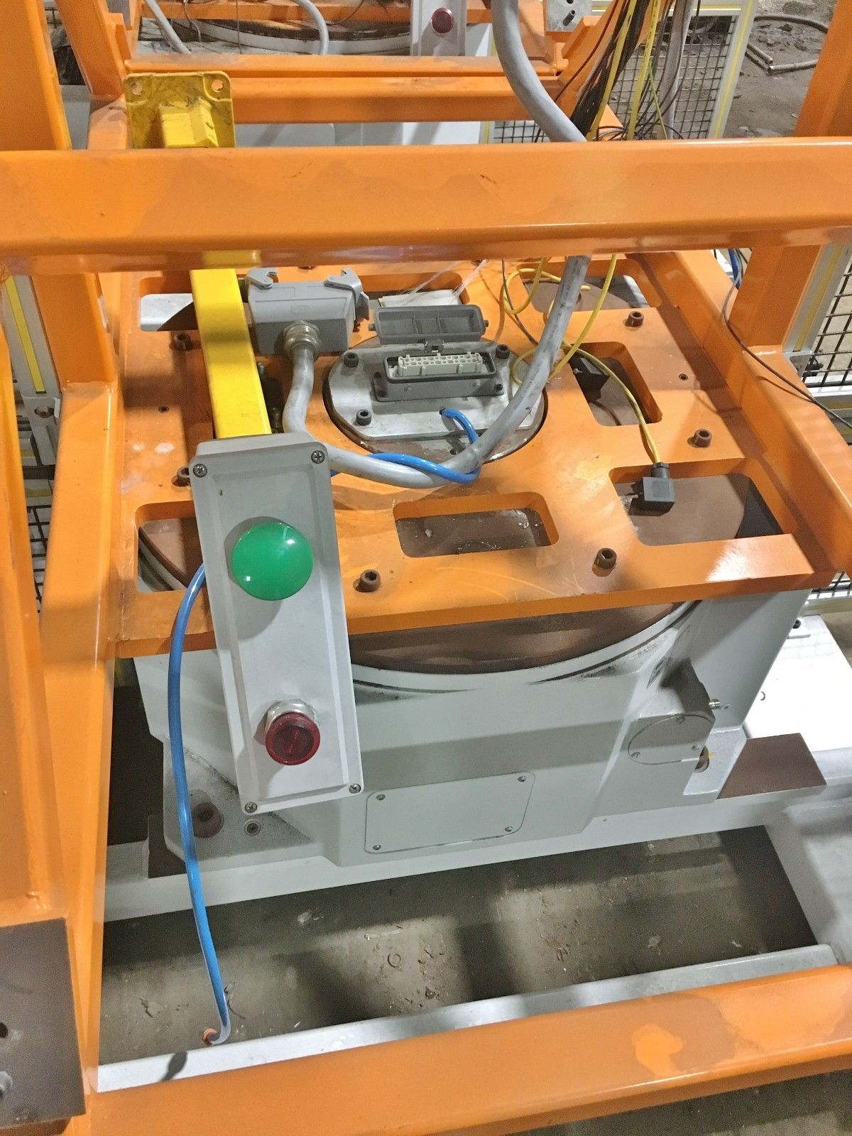 Lot 11 - Weiss Rotary Indexing Table