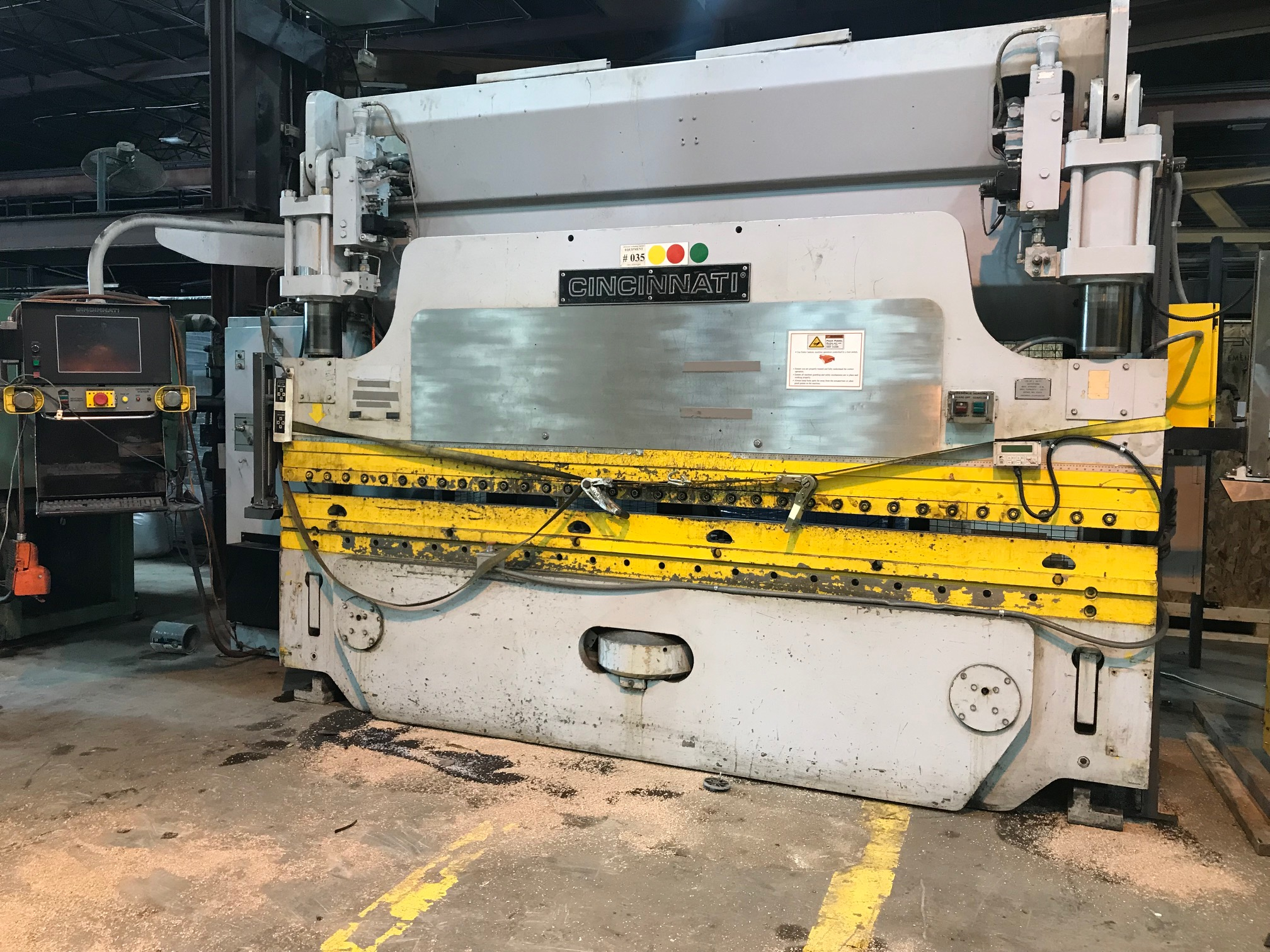 Lot 7 - Cincinnati CNC Autoform Press Brake - 135 Tons