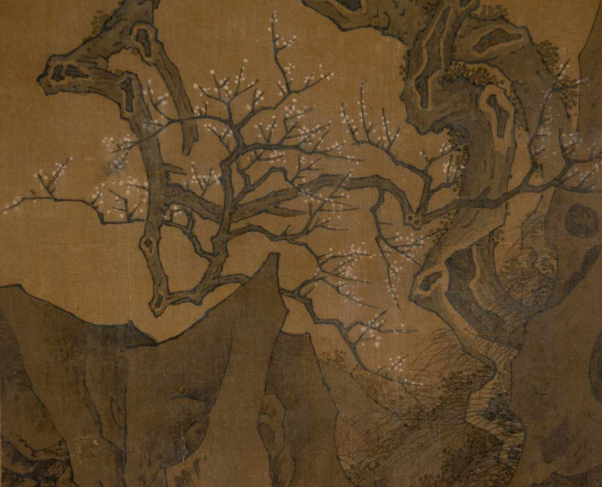 """Colours and Ink on silk. Japan. Possibly Ming Period (1368-1644)""""Bird on blossoming plum tree"""". - Bild 3 aus 5"""