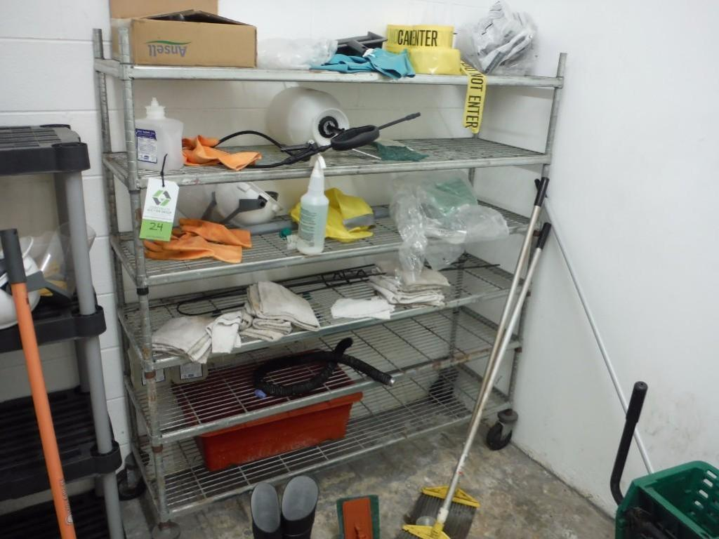 Wire shelf on wheels, no contents / Rigging Fee: $25