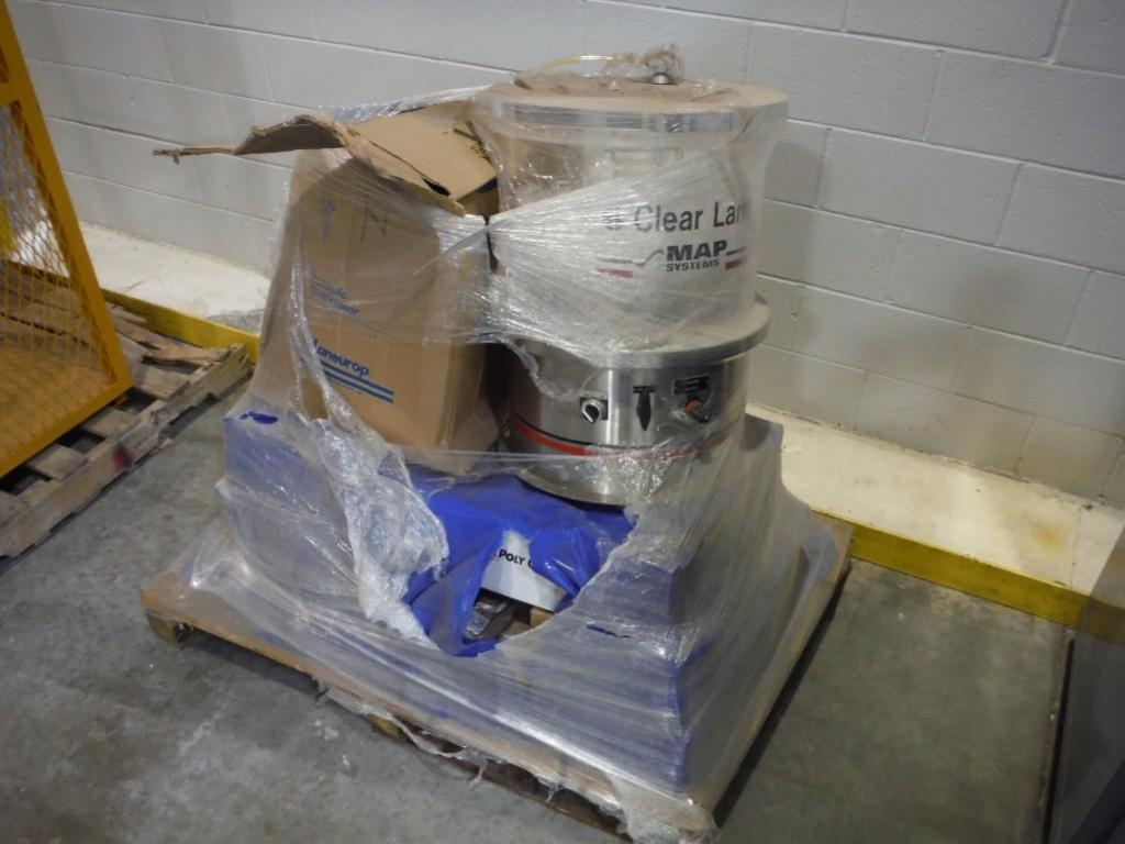 Clear lake map systems vacuum chamber, poly chain, pressure tank / Rigging Fee: $25