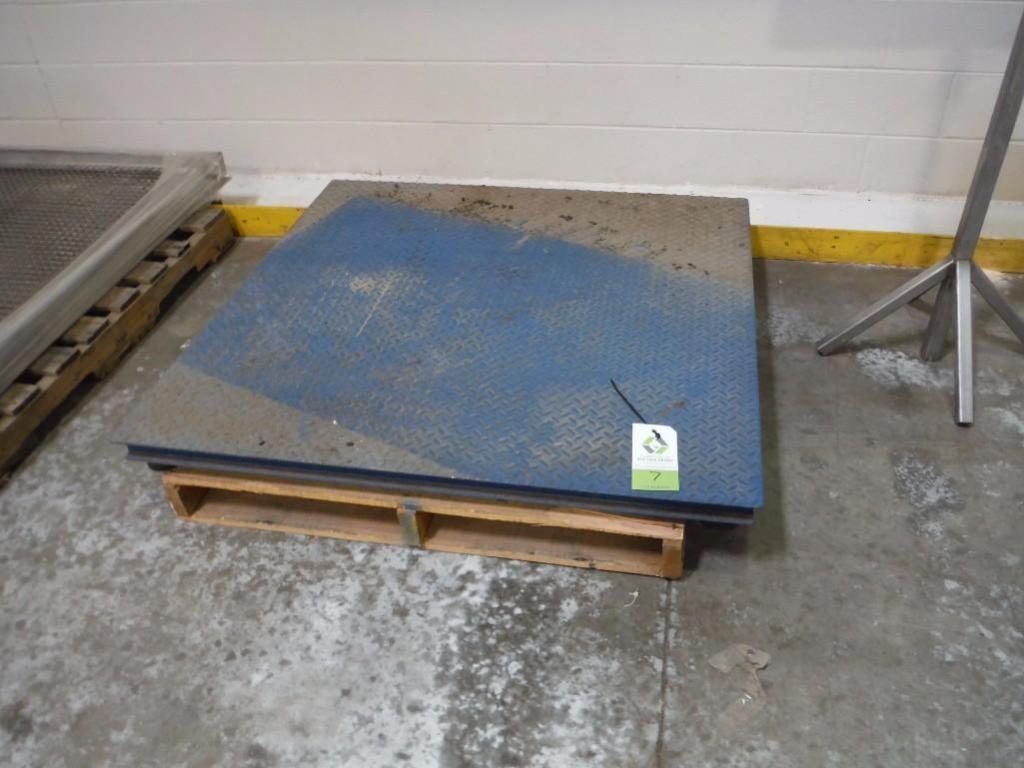 Inscale platform scale, Model FS-44-5k, SN 38789, 5000 lb. capacity, 48 in. x 48 in., no indicator /